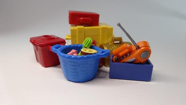 паковать игрушки для переезда