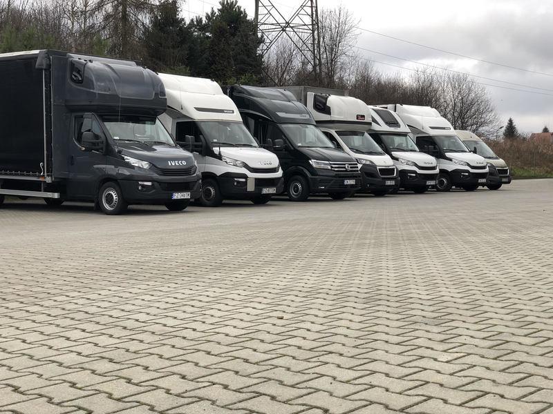 грузовой фургон для переезда